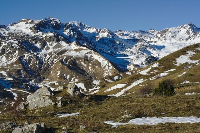visitar-los-pirineos-con-ninos-en-verano