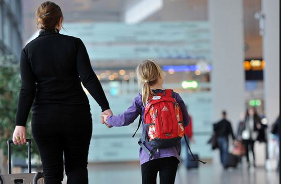 Riesgos de viajar con niños